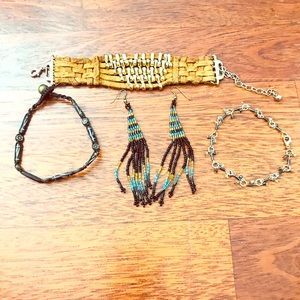 Jewelry bundle $3 With any purchase